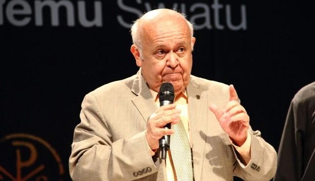 Jose Prado Flores